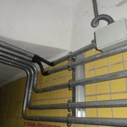 Электропроводка в стальных трубах, способ прокладки