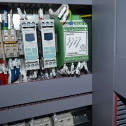 Снятие оперативного тока и действие с блокировкой