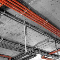 Прокладка внутренних электропроводок в помещениях